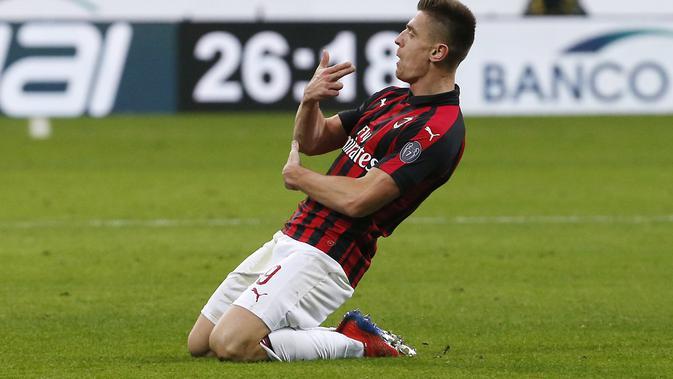 Pembelian 2 Bintang Mahal Bikin Defender AC Milan Optimis