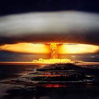 Percobaan senjata nuklir (barracudacomputer.blogspot.com)