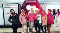 Pogram Serasoft Office Glam di Kantor Walikota Jakarta Selatan. (dok.Instagram @mam.sahara/https://www.instagram.com/p/BtztTtFgRq6/Henry