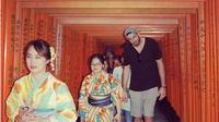 Orang yang tinggi di Jepang (Sumber: boredpanda)