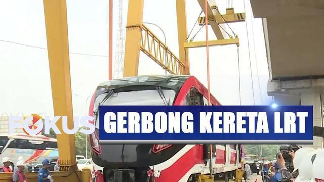 Kereta LRT sebelumnya diboyong dari Madiun ke Jakarta selama empat hari menggunakan jalur darat.