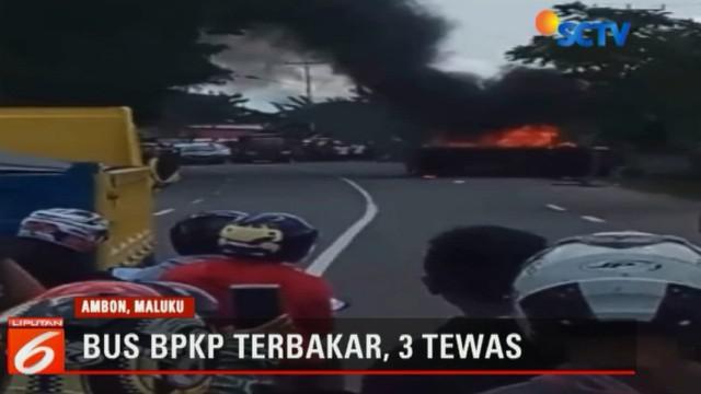 Peristiwa terjadi saat mobil BPKP melaju kencang dari arah Kota Ambon menuju Bandara Pattimura.