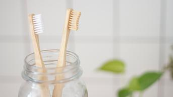 6 Kesalahan yang Harus Dihindari agar Gigi dan Gusi Tetap Sehat