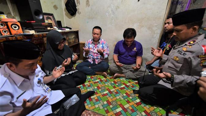 Rasa duka yang mendalam disampaikan Menteri Negara Pemuda dan Olahraga (Menpora), Imam Nahrawi kepada keluarga korban suporter Persija Jakarta.