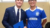 Legenda hidup Inter Milan, Javier Zanetti, bersama Direktur PT PBB (Persib Bandung Bermartabat) Teddy Tjahjono (Ist)