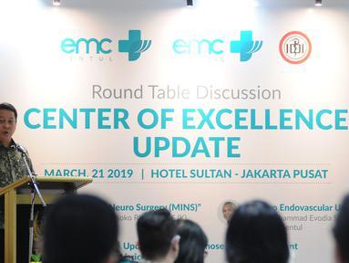 CEO RS EMC Jusup Halimi memberikan sambutan saat Round table discussion RS EMC di Jakarta, Kamis (21/3). Round table discussion RS EMC tersebut bertajuk Center of Excellence Update. (Liputan6.com/Herman Zakharia)