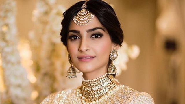 Resmi Menikah Sonam Kapoor Ganti Nama Showbiz Liputan6 Com