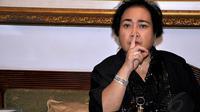 Selasa (12/8/14), Rachmawati Soekarnoputri memberikan keterangan pers di kediamannya, Jakarta. (Liputan6.com/Miftahul Hayat)