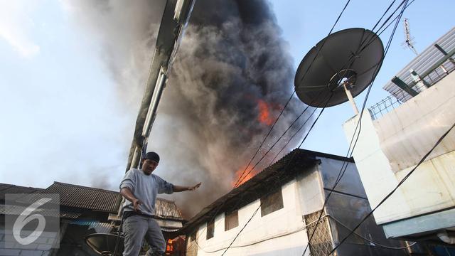 20160905-Kebakaran Tanah Abang-Jakarta- Immanuel Antonius