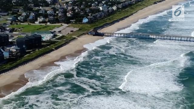 Badai Florence berpotensi menghantam sebagian wilayah Amerika Serikat. Florence dikenal sebagai badai yang besar dan bisa merusak wilayah yang diterjangnya.