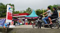 Pertamina menambah titik BBM satu harga di Pulau Nias, bertempat di Desa Sisarahili I, Kecamatan Mandrehe, Kabupaten Nias Barat.