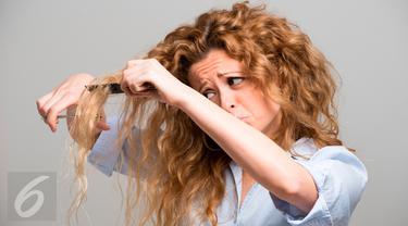 Cara Merawat Rambut Rontok Rusak Kering Dan Mengembang Setelah Smoothing Dengan Lidah Buaya Beauty Fimela Com