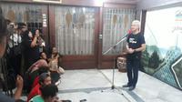 Gubernur Jawa Tengah, Ganjar Pranowo menyampaikan keterangan pers perihal perkembangan penanganan Covid-19 di Jawa Tengah. (Foto: Liputan6.com/Felek Wahyu)