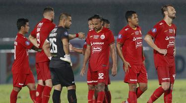 Sempat unggul 2-0 hingga menit ke-70, Persija Jakarta harus puas bermain imbang 2-2 dengan PSIS Semarang dalam laga pamungkas pekan kedua BRI Liga 1 2021/2022, Minggu (12/9/2021). Dengan hasil ini Persija menghuni posisi ke-14 klasemen sementara dengan 2 poin. (Foto: Bola.Com/M. Iqbal Ichsan)