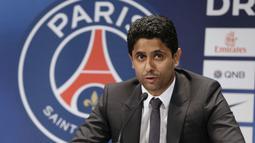 Paris Saint-Germain dibeli oleh Qatar Sports Investments pada 2011 silam. Grup yang dipimpin oleh Nasser Al-Khelaifi merupakan anak usaha dari Otoritas Investasi Qatar, yang mengelola kekayaan negara. Tak heran jika PSG memiliki dana yang melimpah. (AFP/Kenzo Tribouillard)