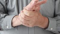 Tangan dan Kaki Sering Kesemutan? Ini Penyebabnya