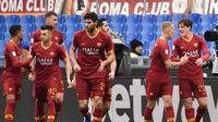 4. AS Roma - 33 poin (AFP/Vicenzo Pinto)