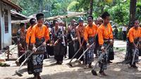 Foto : Sanggar Doka Tawa Tana di Kabupaten Sikka, NTT saat memperagakan tarian adat (Liputan6.com/Dion)