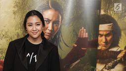 Sherina Munaf berpose saat launching poster karakter film Wiro Sableng 212 di Jakarta, Selasa (13/2). Sherina berperan sebagai Anggini dalam film ini. (Liputan6.com/Faizal Fanani)