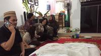 Anak ketiga Indra Bekti meninggal tak lama setelah dilahirkan, Selasa (31/1/2017)
