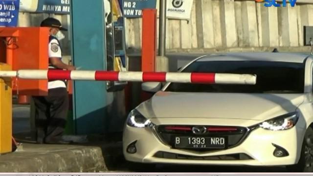 Apabila tanggal ganjil, maka hanya kendaraan bernomor polisi ganjil yang dapat melintasi Tol Tangerang-Jakarta, begitu juga sebaliknya.