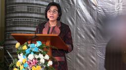 Menteri Keuangan Sri Mulyani memberi sambutan saat memberikan apresiasi dan penghargaan kepada 30 Wajib Pajak (WP) di Jakarta, Rabu (13/3). Acara ini mengambil tema 'Sinergi Wujud Cinta Negeri'. (Liputan6.com/JohanTallo)