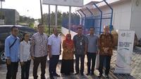 Dirut Bakti Anang Latif bersama Wakil Bupati Natuna, beserta Jajaran terkait di Noc Natuna. Liputan6.com/Ajang Nurdin