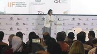 Menkeu Sri Mulyani memberi sambutan dalam acara IIF 2018 di ajang Pertemuan Tahunan IMF-WB 2018, Bali, Selasa (9/10). Sebagai bagian dari event ini, akan ditandatangani perjanjian kerjasama 21 proyek infrastruktur pada 12 BUMN. (Liputan6.com/Angga Yuniar)