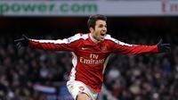 Cesc Fabregas (350 laga) - Pemain asal Spanyol ini memiliki catatan 350 penampilan saat membela Arsenal pada tahun 2004-2011. (AFP/Adrian Dennis)