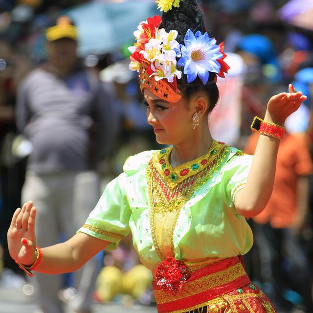 Macam Pola Lantai Dalam Tari Tradisional Yang Wajib Diketahui Lifestyle Fimela Com