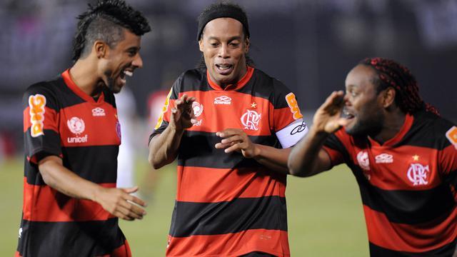 Ronaldinho Pensiun, Klub Ronaldinho