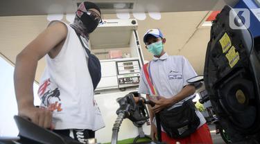 FOTO: Harga Pertalite Turun Setara Premium Jadi Rp 6.450 per Liter