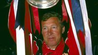 Sir Alex Ferguson membawa Manchester United menjuarai Piala FA 1989-1990. MU berhasil mengalahkan Crystal Palace pada laga final di Stadion Wembley, Mei 1990. (dok. Istimewa)