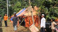 Bencana pergerakan tanah di Desa Malasari, Kecamatan Nanggung, Kabupaten Bogor terus meluas. (Liputan6.com/Achmad Sudarno)