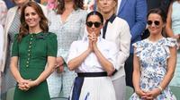 Kate Middleton dan Meghan Markle menyakskan kejuaraan tenis Wimbledon pada Juli 2019. (dok.Instagram @meghanmarkle_official/https://www.instagram.com/p/B0HQsy7ohCG/Henry