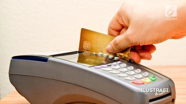 Pengamanan kartu kredit dan debit masih begitu lemah. Karenanya, data pengguna dari kedua kartu tersebut sangat mudah dikopi.