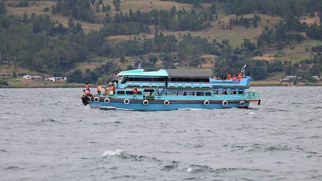 80+ Gambar Tenggelamnya Kapal Di Danau Toba HD