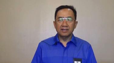 Bupati Cilacap, Tatto Suwarto Pamuji mengumumkan dua pasien positif Covid-19 terkait dengan Lembang, Bandung. (Foto: Liputan6.com/Muhamad Ridlo)