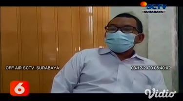 Suasana haru menyelimuti kedatangan jenazah Dr. Sardjono Utomo saat melaksanakan salat jenazah dan do'a bersama. Seorang dokter yang pernah menjabat sebagai Direktur RSUD di Pamekasan, Jawa Timur meninggal dunia akibat terpapar Covid-19.