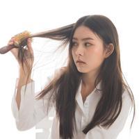 Mencegah rambut rontok/copyright shutterstock