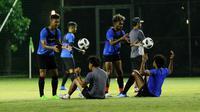 Laga yang akan digelar di Stadion Madya, Jakarta, itu menjadi tolok ukur hasil pemusatan latihan yang sudah digelar hampir sebulan itu. (Foto: Bola.com/M Iqbal Ichsan)