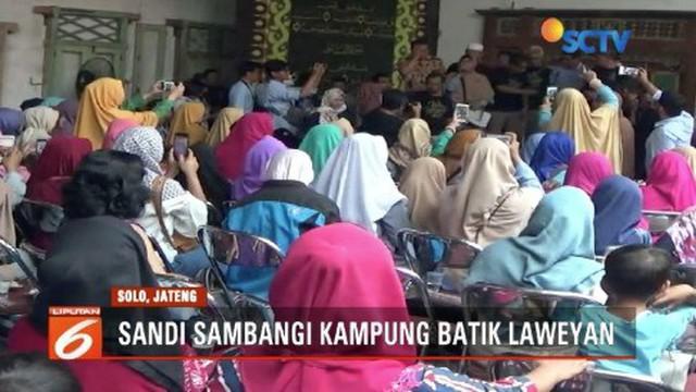 Saat Tahun Baru Imlek, Sandiaga Uno sambangi Kampung Batik Lawean, Solo, Jawa Tengah.