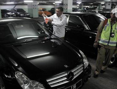 BPRD DKI Jakarta Catat Ratusan Unit Mobil Mewah Menunggak Pajak