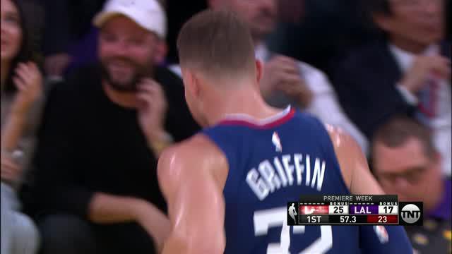Berita video game recap NBA 2017-2018, Los Angeles Clippers vs LA Lakers dengan skor 108-92, Jumat (20/10/2017) pagi hari WIB.