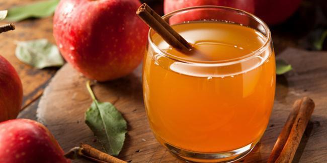 Cuka apel sebagai penyembuh jerawat/copyright Shutterstock.com