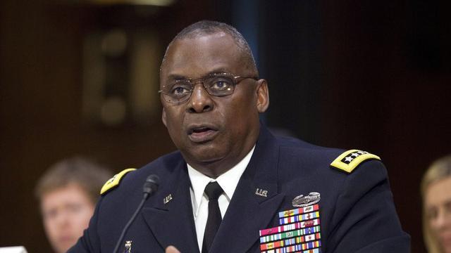 Joe Biden tunjuk Lloyd Austin sebagai menteri pertahanan (menhan) AS. Ia adalah jenderal kulit hitam pertama yang akan memimpin Pentagon.