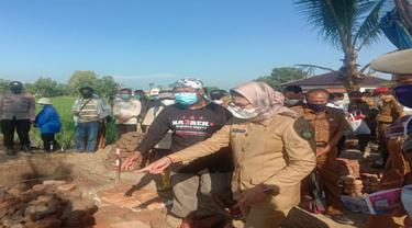Mimpi Bupati Nina Agustina Usai Tinjau Ekskavasi Bangunan Diduga Candi di Indramayu