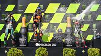 Brad Binder menjadi juara di MotoGP Ceko (Joe Klamar/AFP)