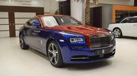 Rolls-Royce Wraith dengan warna seperti Metromini (Carscoops)