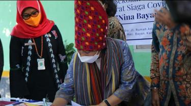 Peresmian radio sekolah perempuan Nina Bayan Lombok Utara.